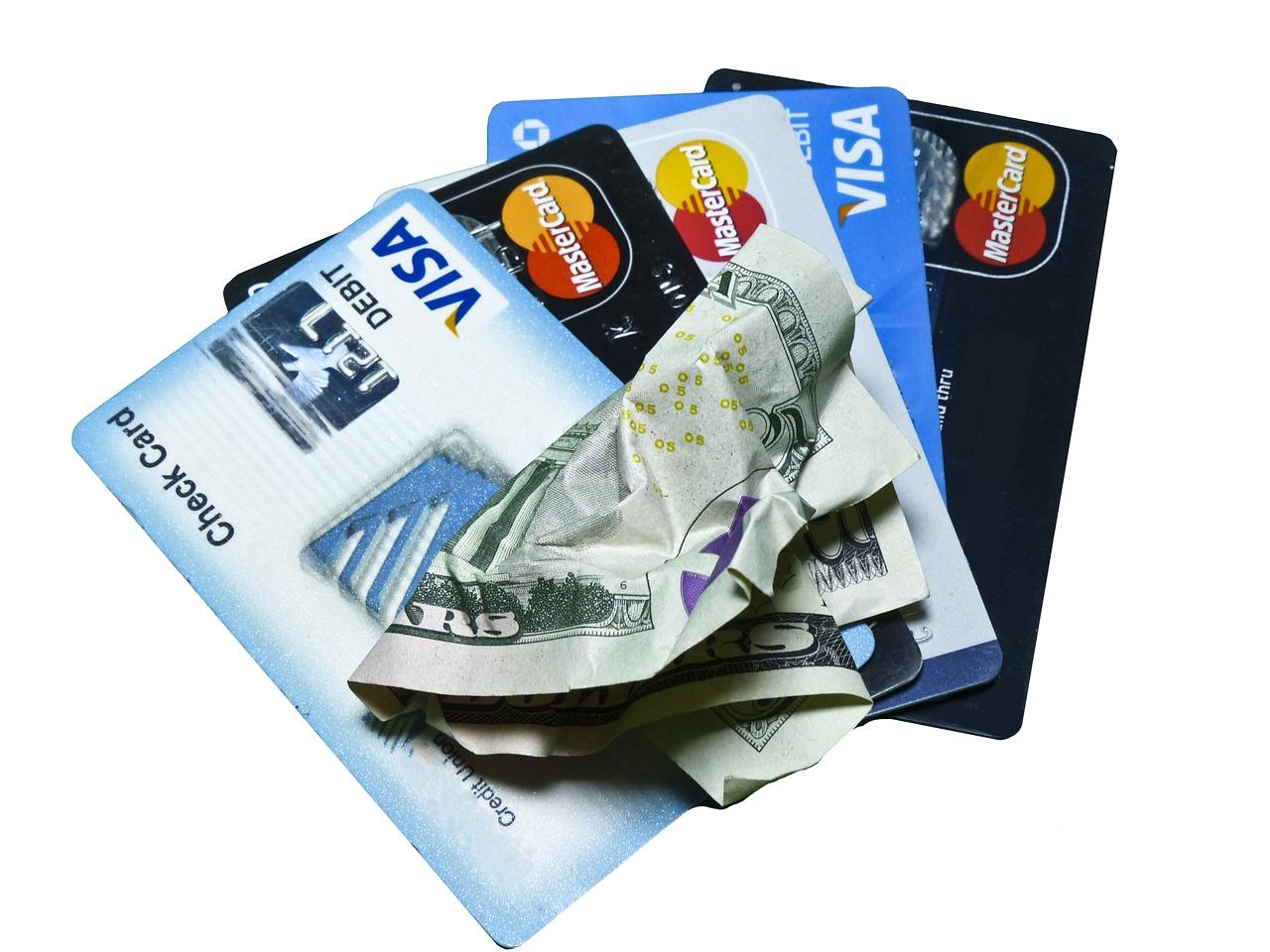 Взять в кредит деньги на карту visa