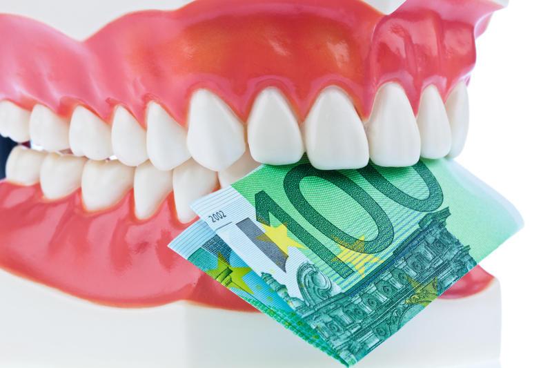 Что делать если болят зубы а денег на лечение нет thumbnail